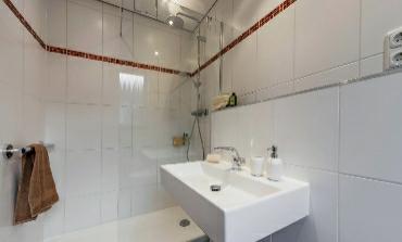 1b: Duschbad nach Maß 4 qm